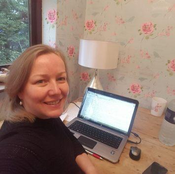 Karen Botha Author Face